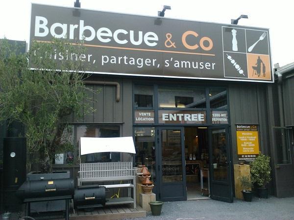 franchise barbecue co sp cialiste de la vente d articles li s la cuisson autour du feu. Black Bedroom Furniture Sets. Home Design Ideas