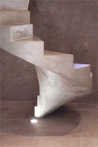 Franchise scal 39 in r alisation d 39 escaliers en b ton for Fabrication escalier beton interieur